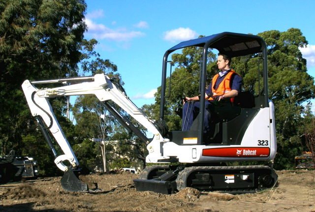Where to find EXCAVATOR, 323 BOBCAT COMPACT MINI in Norco